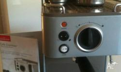 Coffee machine - almost new with all bells & whistles -