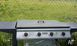 Great working 4 burners BBQ, can delivery at extra