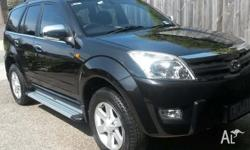 Metallic Black, side steps, roof racks, T/bar,