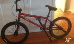 GT BUMP BMX Outgrown it. in good condition, back pegs,