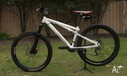 GT CHUCKER 1.0 MTB Features include - Powerfull