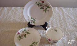 HAMMERSLEY & CO. ENGLAND BONE CHINE CUP . SAUCER .