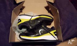 For sale is a pair of HEAD Sprint Pro - size 10US.