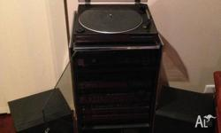 AIWA HiFi System. 6 CD stacker,2 tape decks. 2 Large