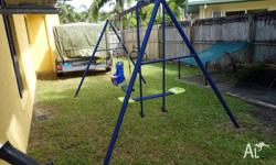 Hills outdoor swing set, has brand new green swing