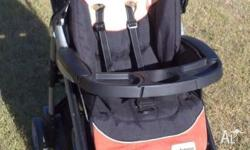 This classy looking stroller from HiPod is in near new