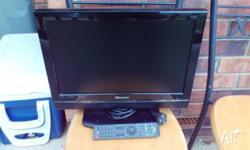 "Hisense 19"" LCD Television / TV Works great, includes"