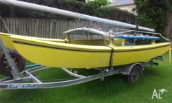 Classic Hobie 16 catamaran. Sound boat with no leaks or