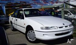 HOLDEN,COMMODORE,VRII,1995, RWD, arctic white, 4D