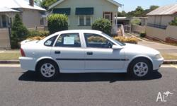 Holden Vectra, 2000 Olympic Edition, 2.2L, manual,