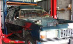 HOLDEN WB PANELVAN windowless factory 253 4 speed 2