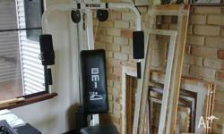 Older style home gym, in excellent condition. Very