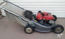 Honda HRA216 commercial self propelled lawn mower use