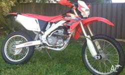 I am selling my 2004 Honda CRF250X (enduro) motorbike.