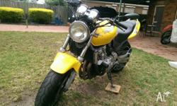 Honda hornet in very good condition Runs grate, faster