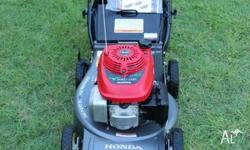 HONDA LAWN MOWER AS NEW 19' ALLOY BASE 4 BLADE CUTTING