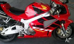 FOR SALE: HONDA VTR1000 SP-1, 11/2000 BUILD (2001
