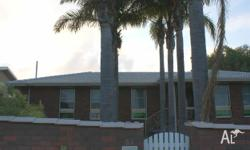 Bedrooms: 4 Bathrooms: 2 House for sale in Geraldton,