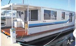 HOUSEBOAT PAMELA LEE, 2007, model, 15m, powered by twin