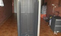 RACK SIZE : 19 inch HEIGHT : 42 U PRODUCT MATERIAL: