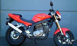 HYOSUNG,250CC,2009, ROAD, .2, 2cyl, 5sp MANUAL, 818kms,
