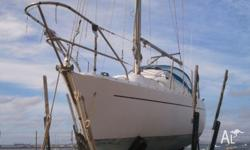 on offer: project-boat with beautiful lines,
