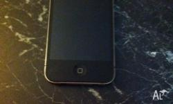 Selling iPhone 4 32gb $400 ono. Screen protector always