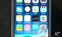 iPhone 4s 32G unlocked great condition with USB cable