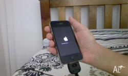iPhone 4s in mint condition no scratches or cracks