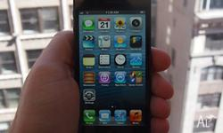 black iphone 5 16GB, some scratches, but good