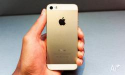 Hey everyone Im selling my Iphone 5s GOLD 64gb for a