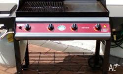 Jackeroo Barbeque with 4 burners and stainless steel