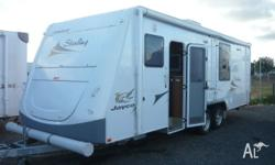2009 JAYCO 24.75 STERLING CARAVAN Has large front club