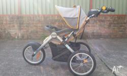 Used pram as new. Perfect for moms or dad who used it