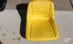 JOHN DEER RIDE ON MOWER SEAT, IT IS GREAT CONDITION AND