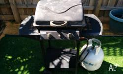 I'm selling this Jumbuck HS-GG02 gas barbecue due to