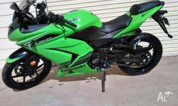Kawasaki Ninja 250R Special Edition 2012 Model