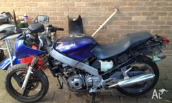 Kawasaki ZZR250 For sale need some work or good for