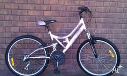 Kent dual-suspension mountain bike in VGC for Girls and