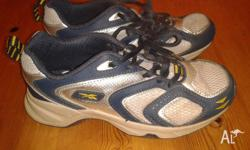 Kids Reebok Sneakers/Sports Shoes/Joggers. Child Size