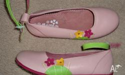 GIRLS (new) FASHION (leather) SHOES SOFT PINK with