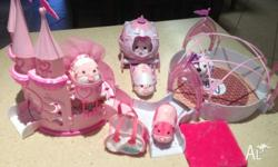 Pre-loved Zhu Zhu Pets x 5 with Princess Castle,