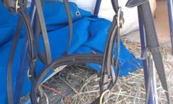 Black Kincade Snaffle Bridle in 'LIKE NEW' condition.