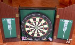 Good conditions, pretty much new, includes 6 darts