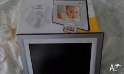 KODAK 10�DIGITAL PHOTO FRAME. AS NEW CONDITION. COMES