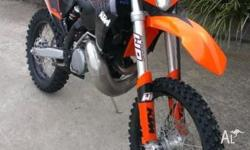 2009 KTM 300 EXC. Electric start. One owner, easy trail