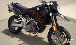 KTM SUPERMOTO 950CC 2006 MODEL 31000 KMS AKRAPOVIC