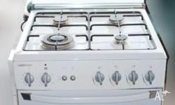 La Germania White Free Standing Gas Cooker gas top and