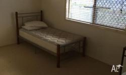 Big room for rent , walk 3mins to coles and IGA, 100M