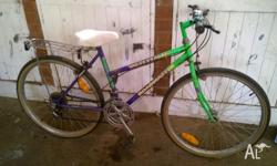 The ladies bike in good condition. 26 inch wheels, 18